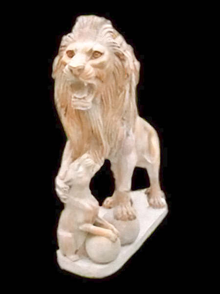 Lion & Its Baby Marble Statue